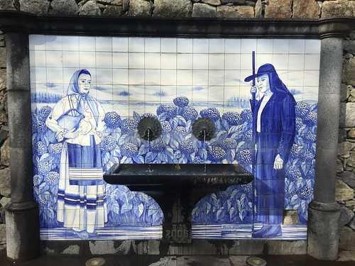 azulejos in furnas