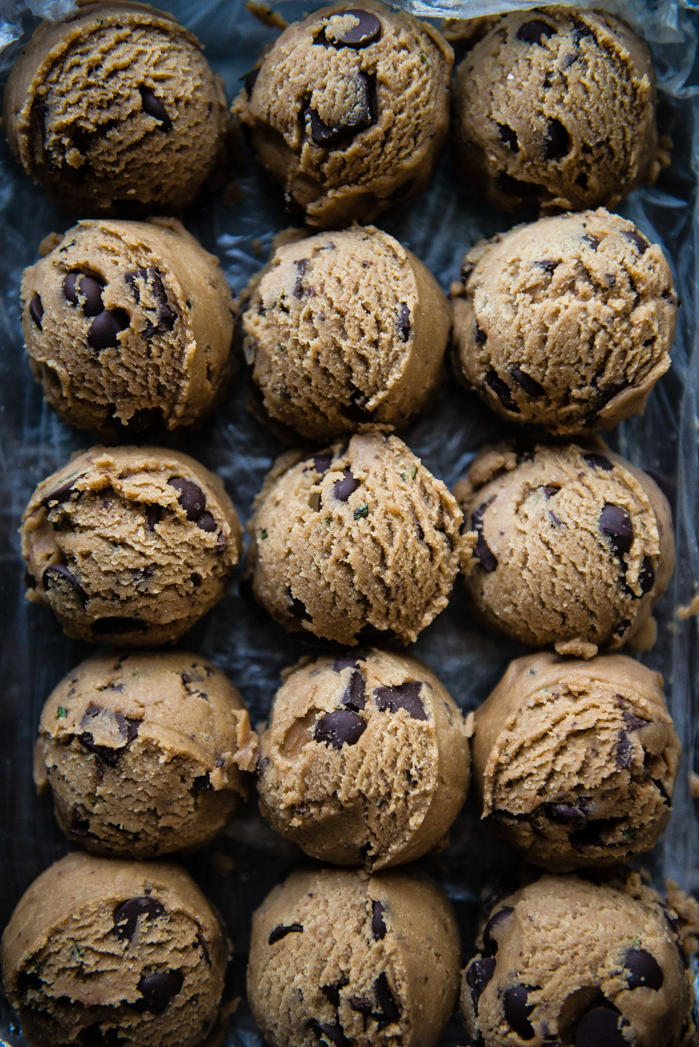 craggy chocolate chip cookies