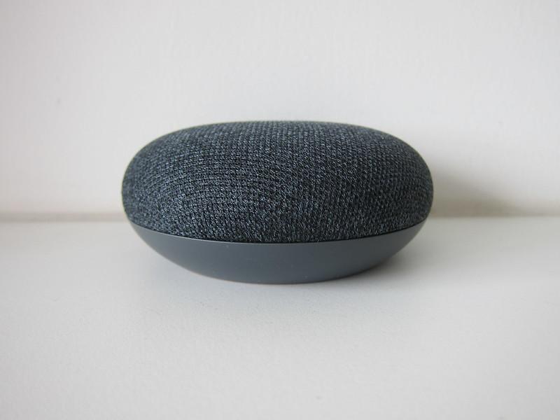 Google Home Mini - Side