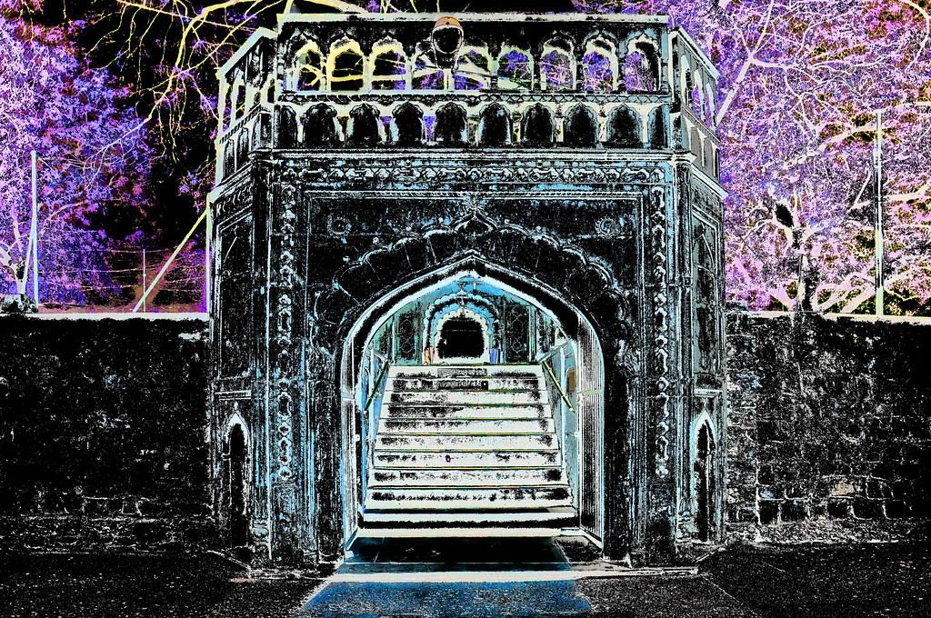 India - Delhi - Sunehri Masjid - Gate - 1dd | The Sunehri Ma