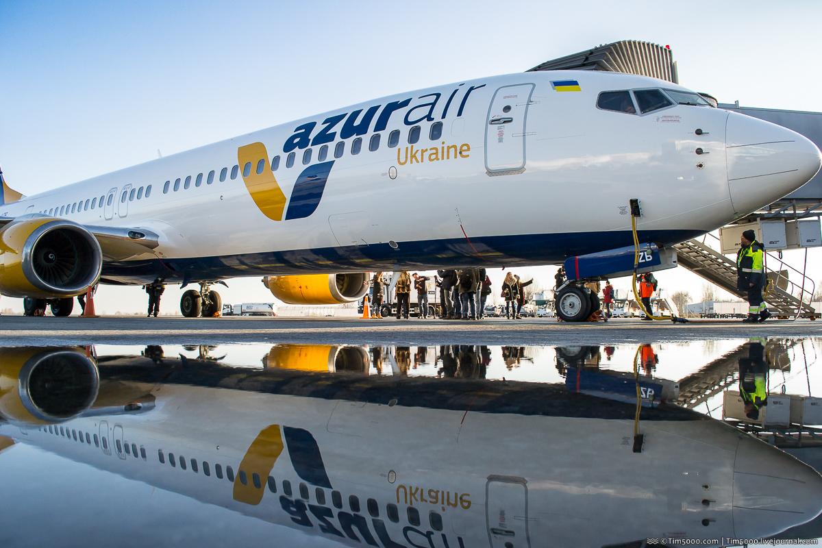 Пополнение во флоте Azur Air Ukraine: Boeing 737-900ER