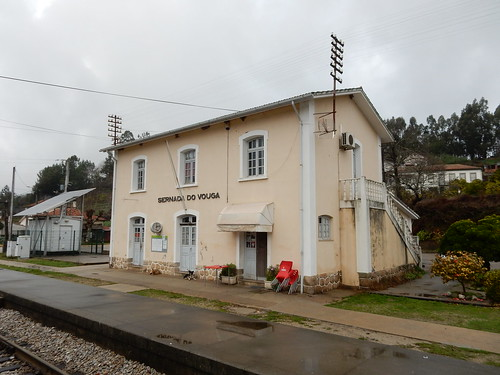 Sernada do Vouga station