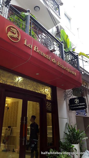 halfwhiteboy - la beaute de hanoi hotel vietnam 02