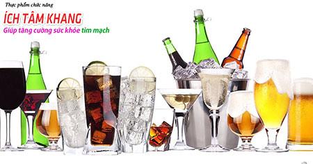 Người bệnh suy tim nên hạn chế sử dụng các chất kích như rượu, bia