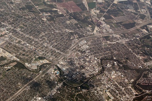 aerial aerialimage aerialview commercialairline commercialflight flight texas unitedairlines zeesstof city sanangelo texascity
