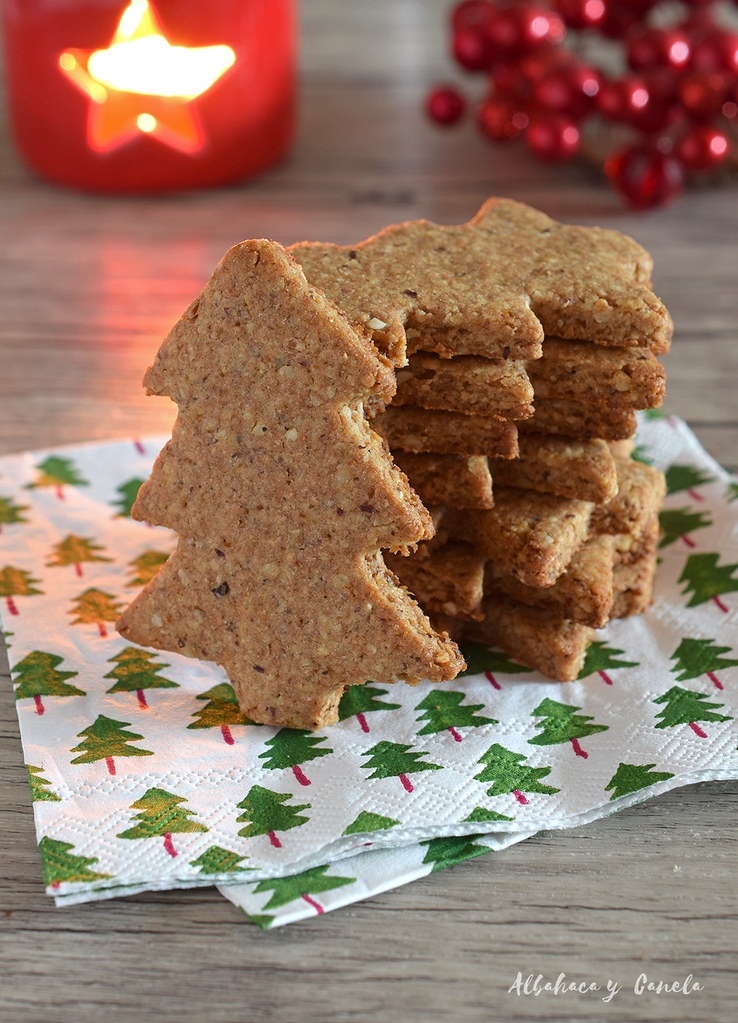 Hazelnut christmas cookies