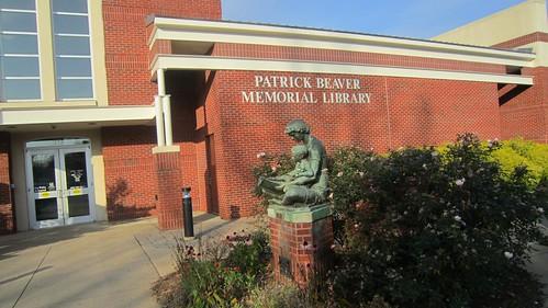 Patrick Beaver Public Library, Hickory