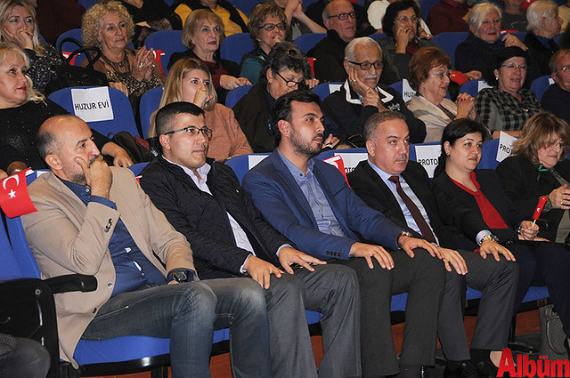 Neşe-i Muhabbet Türk Sanat Müziği Korosu AKM Konser -4