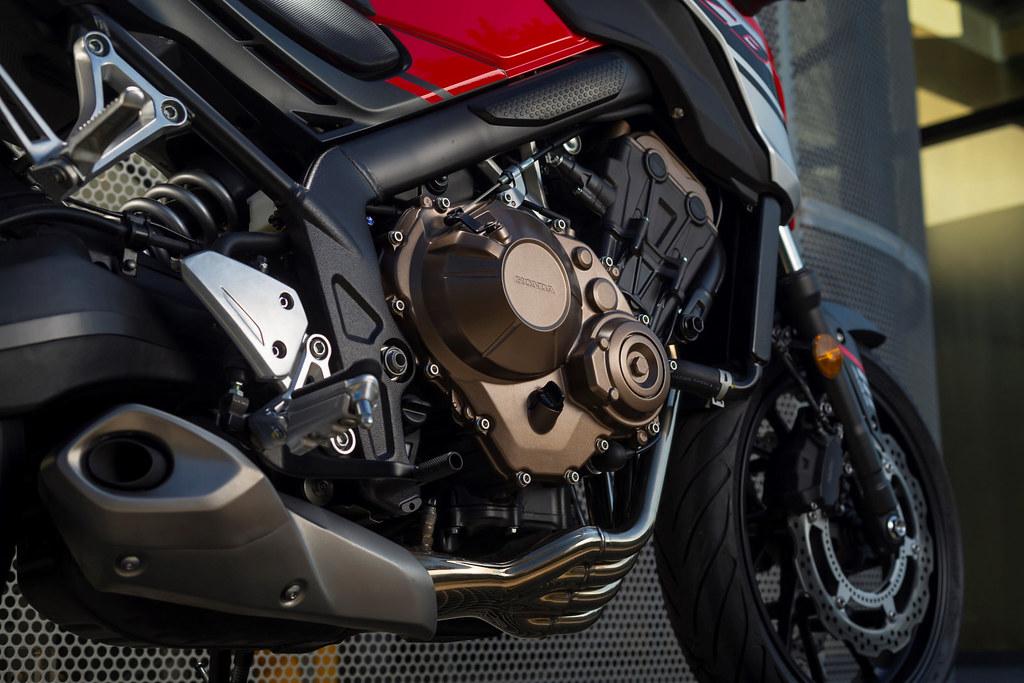 Honda CB 650 F 2018 - 8