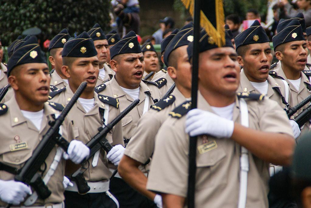 Militärparade in Lima