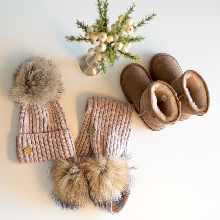 Emu kengät ja Miloves tupsupipo