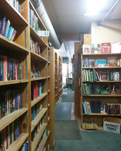 Last day at Eliot's (2) #toronto #eliotsbookshop #bookstore #usedbooks #yongeandwellesley