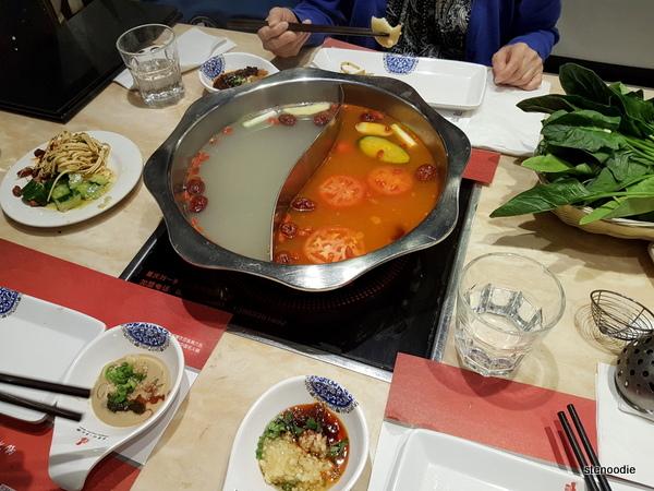 Chongqing Liuyishou Hotpot dinner