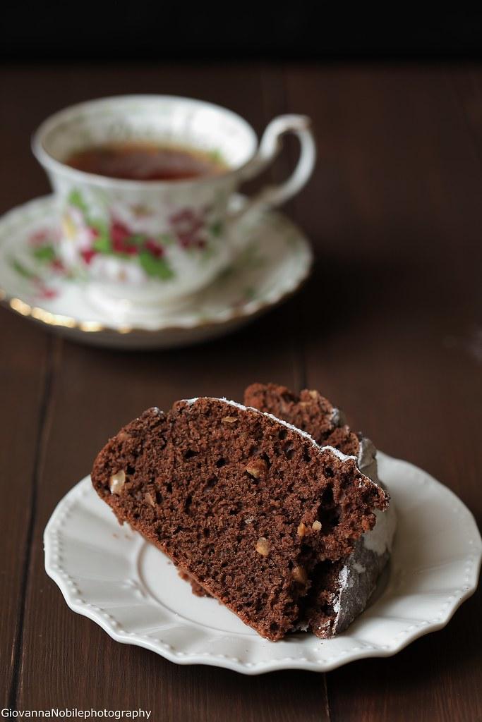 Torta con cacao e nocciole 2