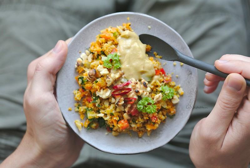 thai cauliflower rice salad