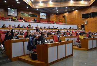 L'Assemblea legislativa dell'Emilia-Romagna impegnata in una delle votazioni sulla nuova legge urbanistica regionale