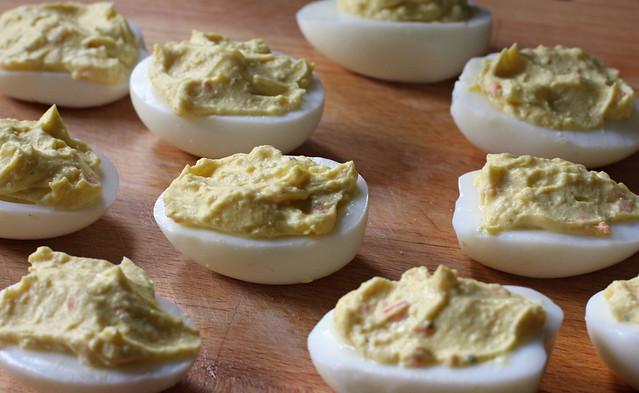 Huevos Rellenos (21)