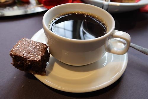 Brownie zum Kaffee