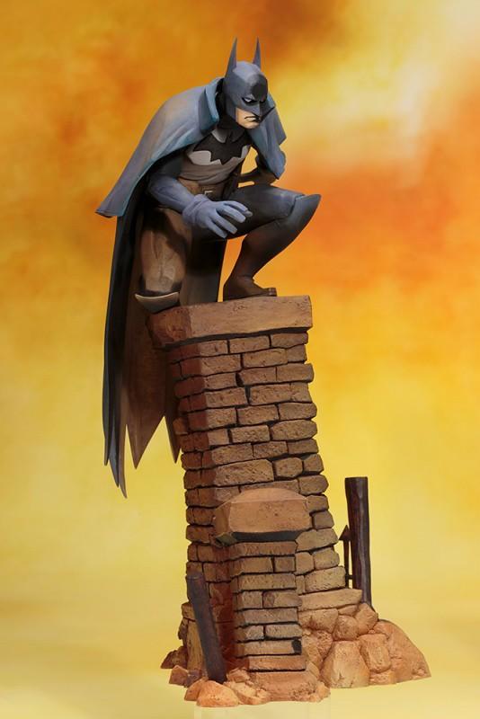 「新增官圖&販售資訊」壽屋 ARTFX+ 系列《蝙蝠俠:煤氣燈下的高譚市》蝙蝠俠 Gotham By Gaslight Batman バットマン ゴッサム バイ ガスライト アーティストフィニッシュ