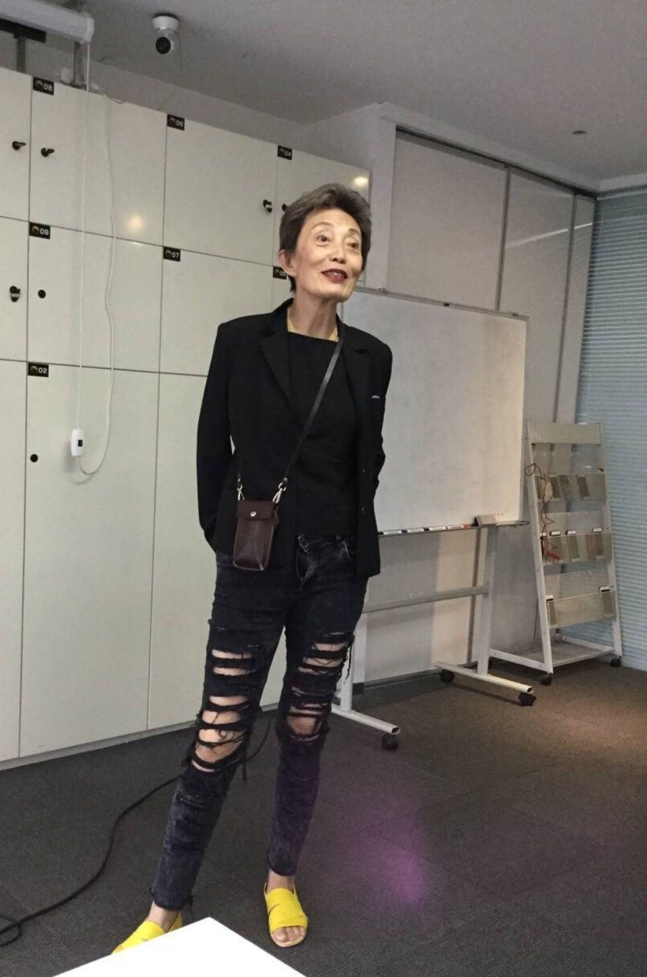 內地「模特教母」韓姨,被曾志偉控告誹謗,但至今韓姨回應指自己不會賣帳。(網上圖片)
