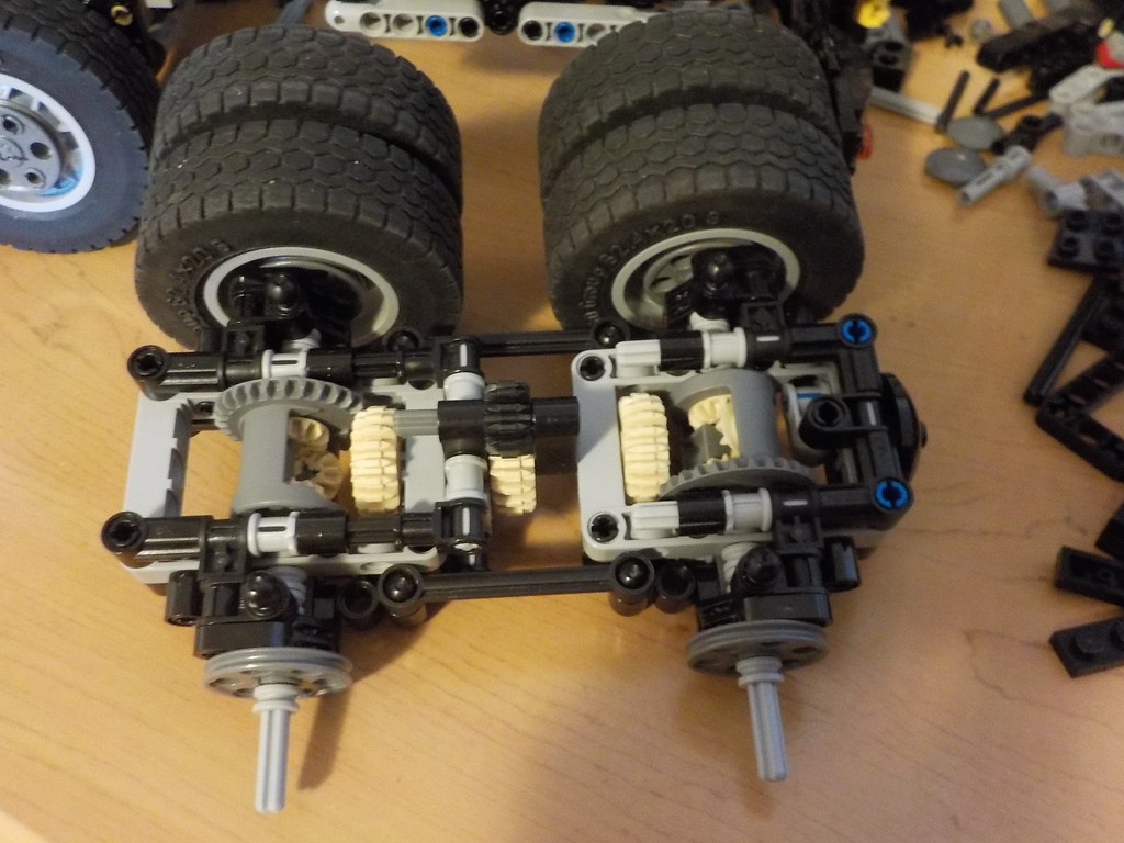 New design for my Freightliner m2 112 rear axles.