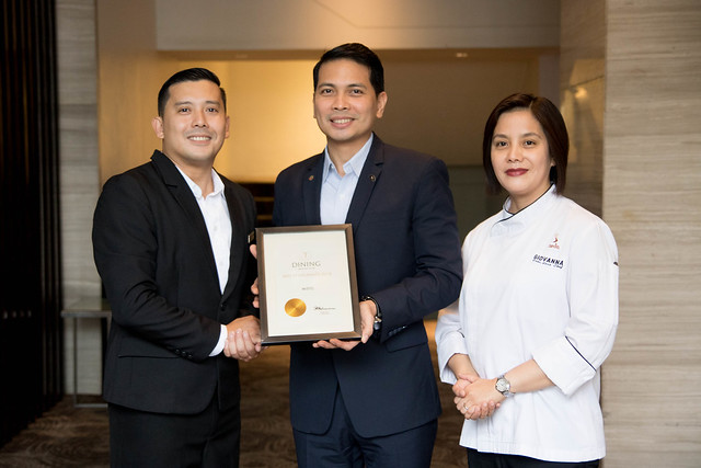 Asst. F&B Manager Jules Melencion, Hotel Manager Ken Kapulong, and Executive Sous Chef Giovanna Sibala with the T Dining by PH Tatler award