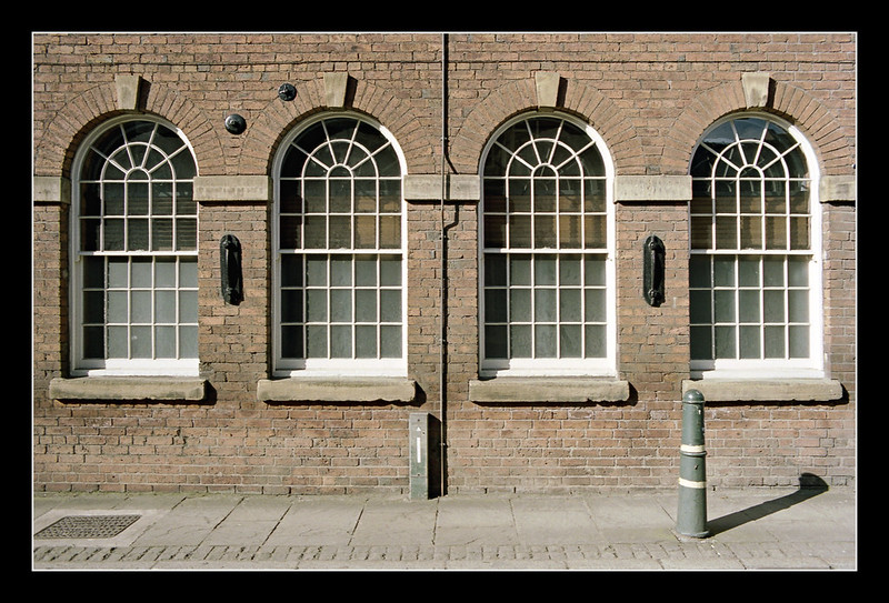 FILM - Four arched windows