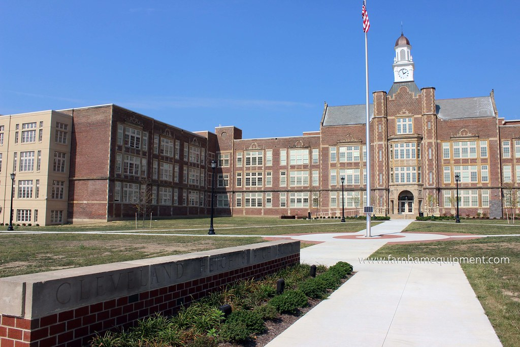 Cleveland Heights-University Heights City School District | Heights High School
