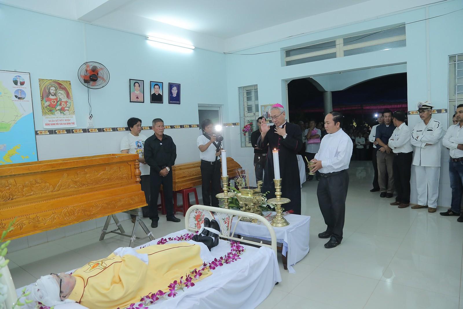 Cầu nguyện cho linh hồn Cha Giuse Đặng Đình An, Cha qua đời vì tai nạn giao thông - Ảnh minh hoạ 13