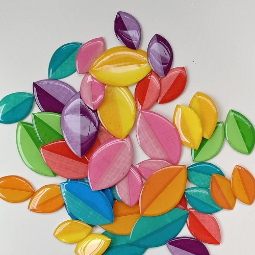 Resin-Coated Paper Leaves by LC Studios