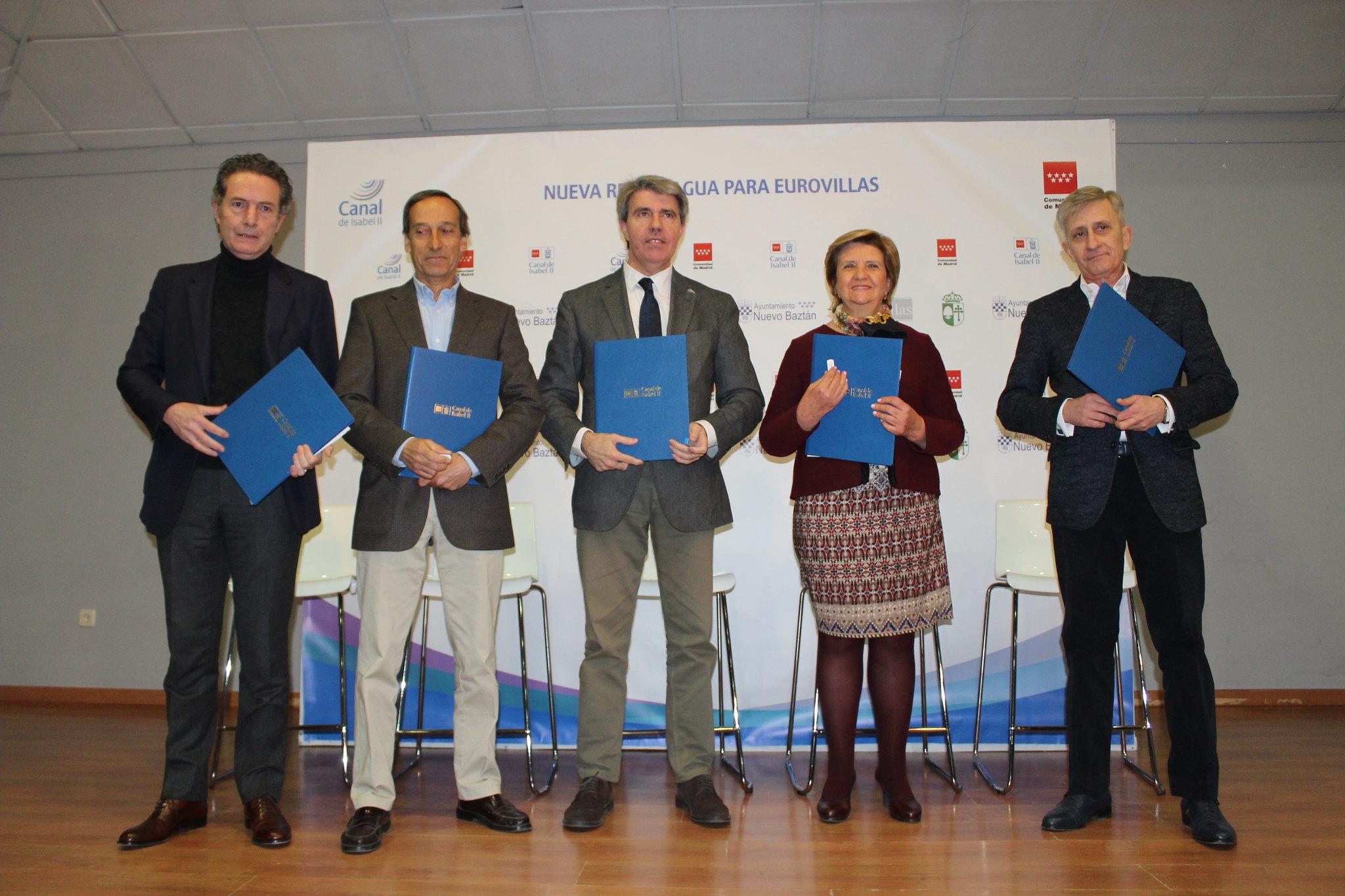 Firma Convenio del Agua Eurovillas