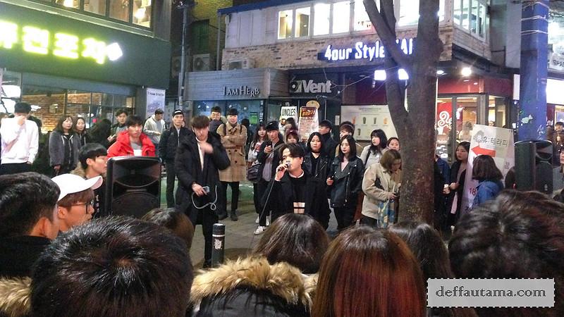 5 hari di Seoul - Street Performer
