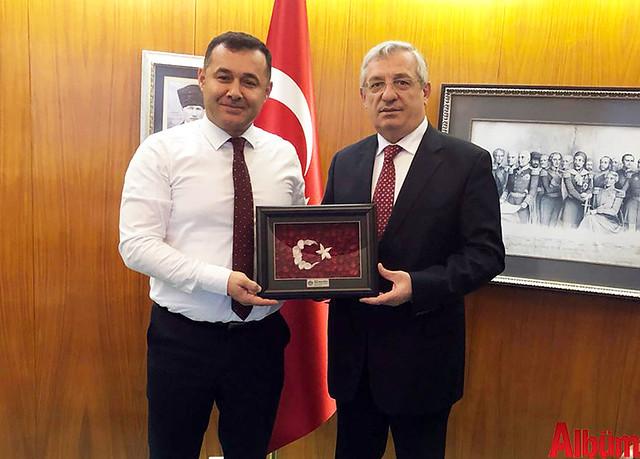 Alanya Belediye Başkanı Adem Murat Yücel, Paris Büyükelçisi İsmail Hakkı Musa