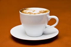 table-liquid-cafe-coffee-light-white - Must Link to https://coffee-channel.com