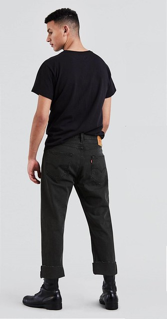 501® Original Custom Pleated Jeans (Bunker Black)3