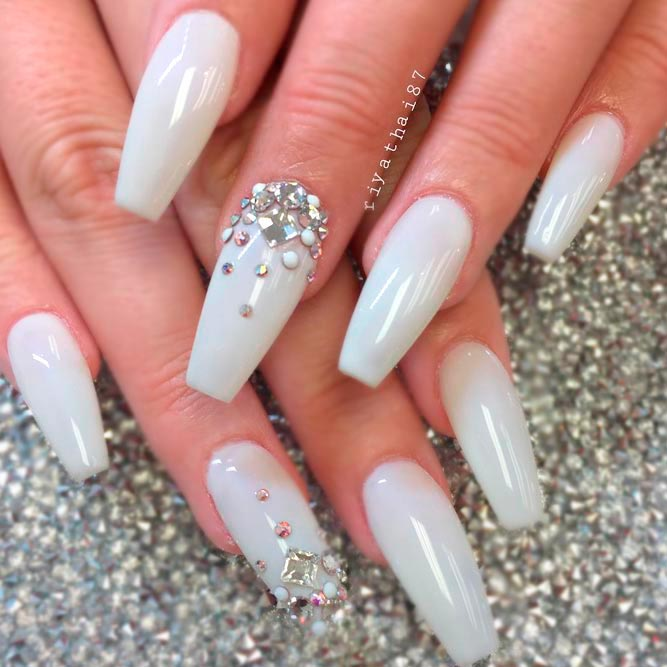 54+ Best White Acrylic Nails Designs - Fashion 2D