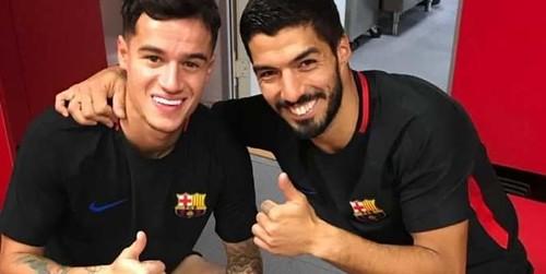 http://cafe.beerwah.org/berita-bola-akurat/suarez-menyambut-coutinho-ke-barcelona/