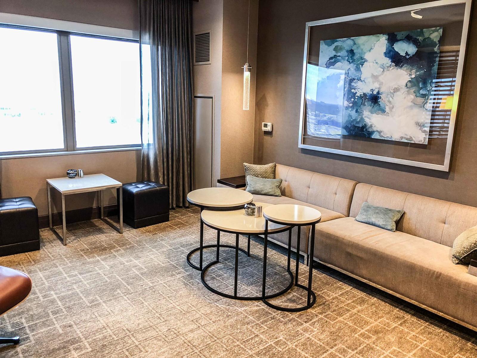 executive lounge in JW Marriott Minneapolis