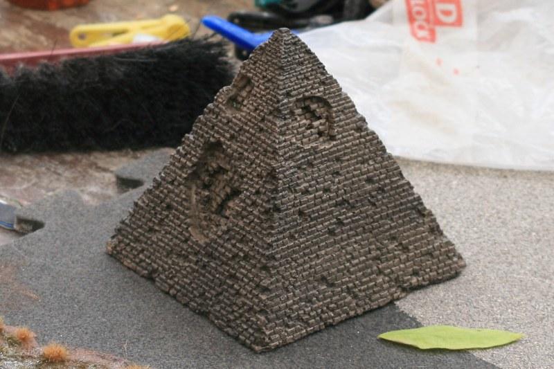 [Décors Aquarium] Une pyramide 39662159532_a9c812ea2a_c