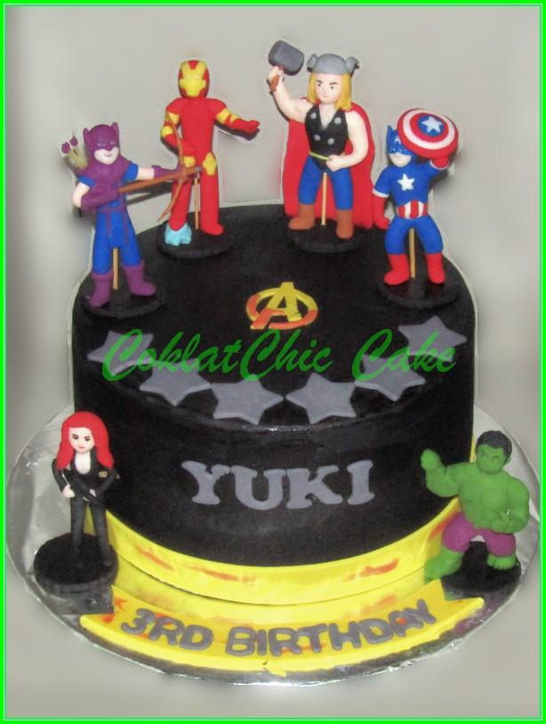 Cake Avengers YUKI 20cm