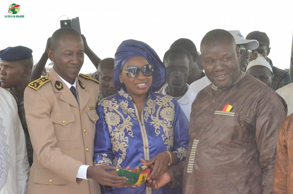 Inauguration d'infrastructures  de base à Mbakhna Par la Fondation SONATEL (95)