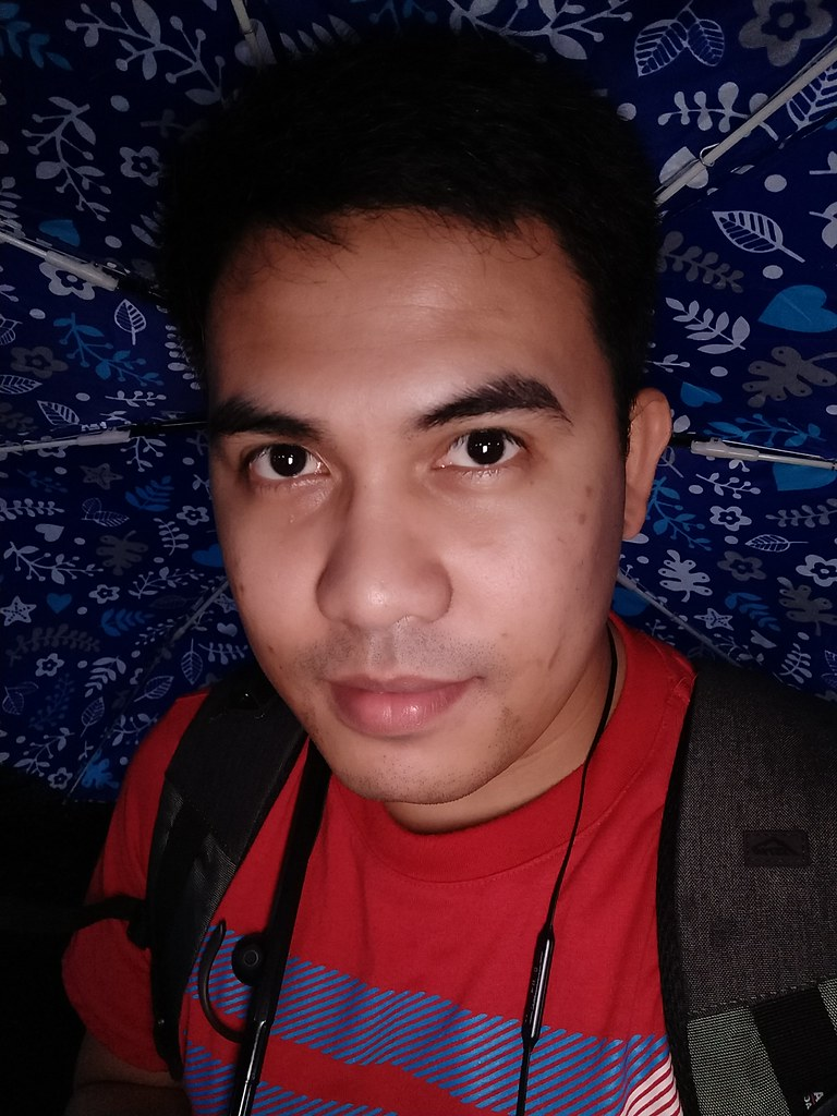 OnePlus 5T sample selfies