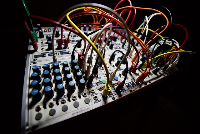 sputnik modular synthesizer