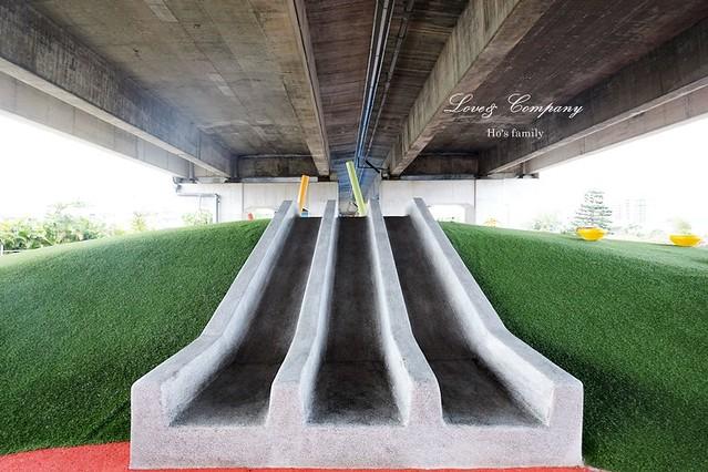 桃園國道高架橋下特色公園7