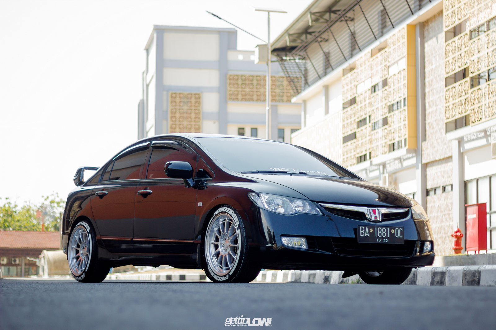 Honda Civic Hitam Padang