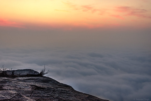 2018 morning calm cloudscape sunrise trips serene india mist karnataka nandihills clouds nature landscape mountains ss82 cloudy peaceful quiet still tranquil in