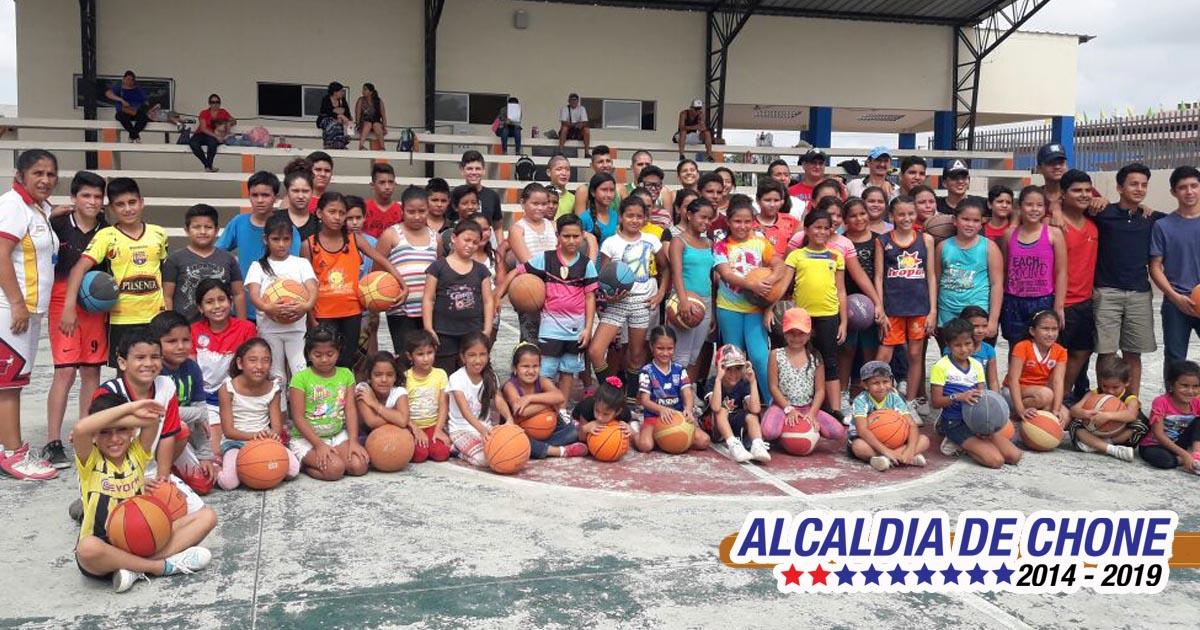 El baloncesto municipal también se inició con pie derecho