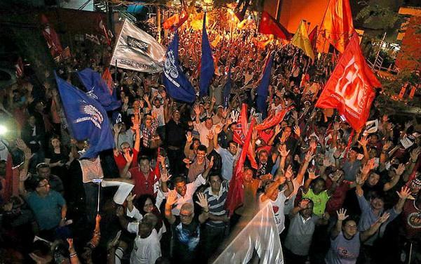 Câmara marca para segunda votação de decreto sobre intervenção no Rio