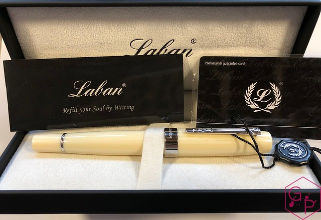 Review Laban Kaiser Antique Ivory & Silver Fountain Pen @GoldspotPens 2