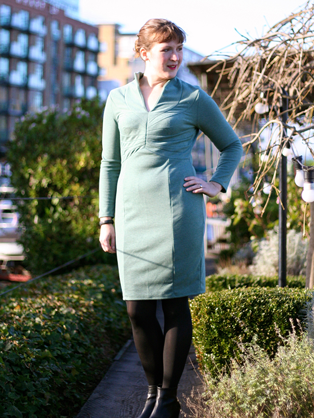 vintage wiggle dress - looking aside